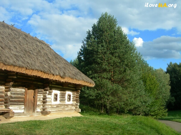 Пирогово, хата, Pirohiv, folk-house; http://iloveua.org/article/110